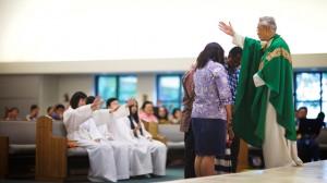Pemberkatan oleh Fr. Zie